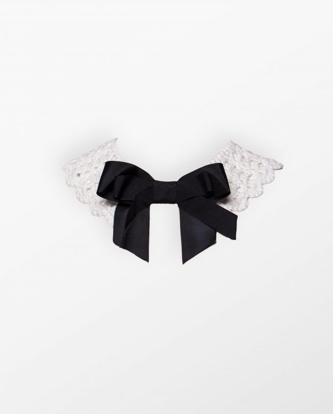 Collars and Bows Nathalie Coste