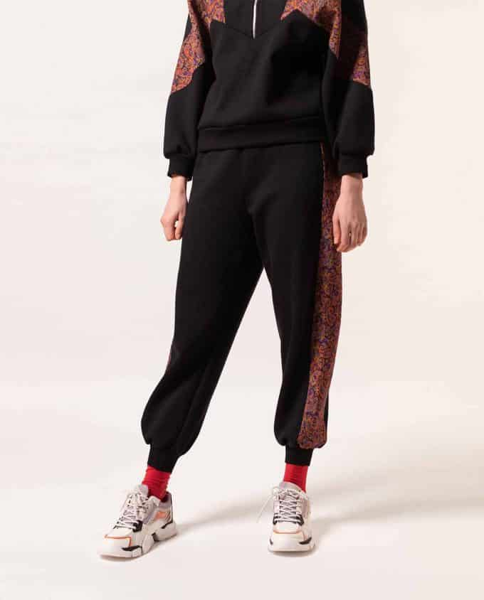 Maison Zal Zip Jumper Black with Red Art Silk Details and Sweatpants